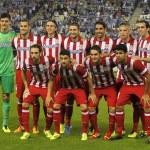 Atletico de Madrid team posing — Stock Photo