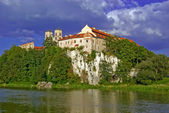 Benedictine Abbey in Tyniec against a blue sky — Stock Photo