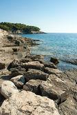 Beautiful rocky beach in croatia — 图库照片