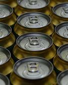 Muito de latas de bebidas — Foto Stock