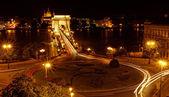 Nacht-bild der ungarischen kettenbrücke — Stockfoto