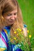 Women in meadow — Stock Photo