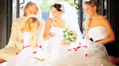 Portrait Caucasian Family Group Young Bride — Stock Video