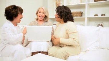 Senior Female Friends Home Laptop Networking Success — Stock Video