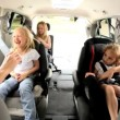 Royalty-Free Stock Imagen vectorial: Young Daughters and Parents in Car Shopping Trip