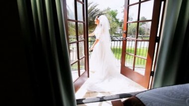 Traditional Bride Home Balcony — Stock Video