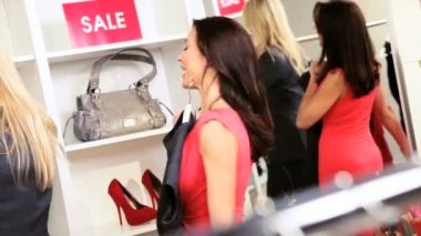 Boutique Owner with Female Brunette Client — Stock Video