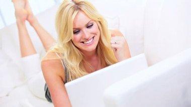 Full Frame Girl Home Shopping Leisure — Stock Video