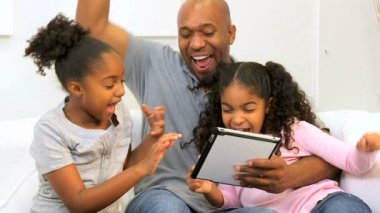 African American Father Children Home Wireless Technology — Stock Video