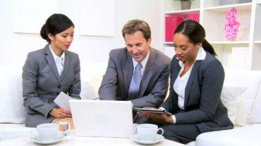 Male Caucasian Business Executive Informal Meeting — Stock Video