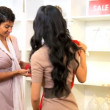 Personal Shopper with Female Customer - Foto de Stock