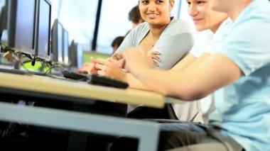 University multi ethnic female and male tests communication skills — Stock Video