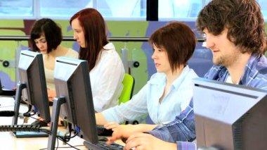 Friends e-learning in modern classroom — Stock Video