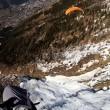 paralotniarstwo wysoko nad chamonix — Wideo stockowe