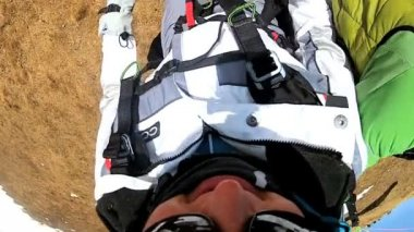 Female taking off on paragliding flight — Vídeo de stock #18277167
