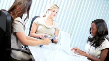 Meeting of diverse businesswomen closing with handshake — Stock Video