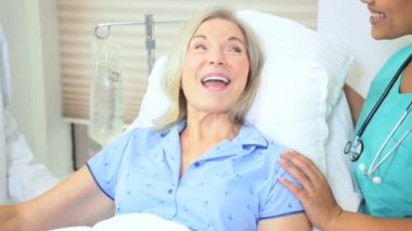 Mature Female Patient Hospital Bed — Stock Video