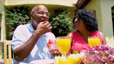 Mature African American Couple Healthy Lunch — Stock Video