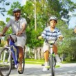 Family Cycling Fitness — Vídeo de stock #18772475