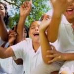 Afro-Amerikaanse familie reclame Toerisme — Stockvideo