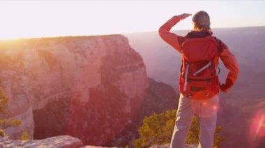 Female hiker ends adventure — Stock Video