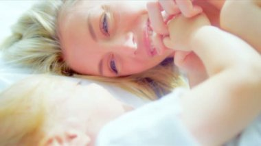Little Blonde Haired Girl Laughing Mother — Stock Video