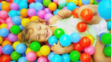 Pre School Caucasian Girl in Ball Pool — Stock Video