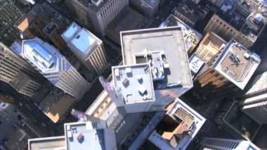 Aerial vertical view of rooftop skyscrapers of San Francisco — Stock Video