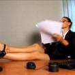 Young business woman feeling the heat — Stock Video