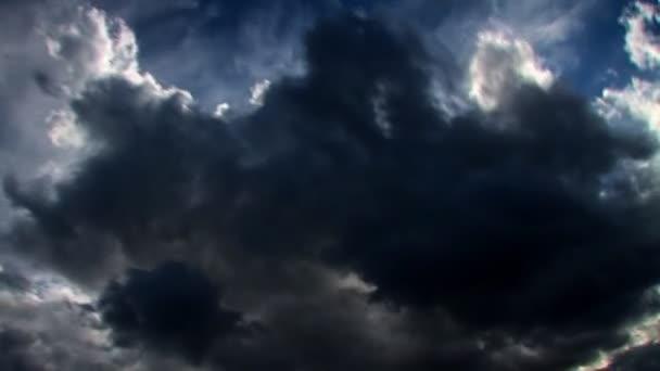 Stormy skies time lapse clouds looping — Vidéo