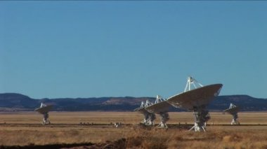 Cluster of radio telescopes (Very Large Array) — Stock Video
