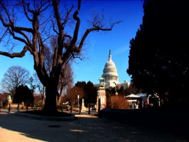 A visitors view of the White House in Washington DC — Stock Video