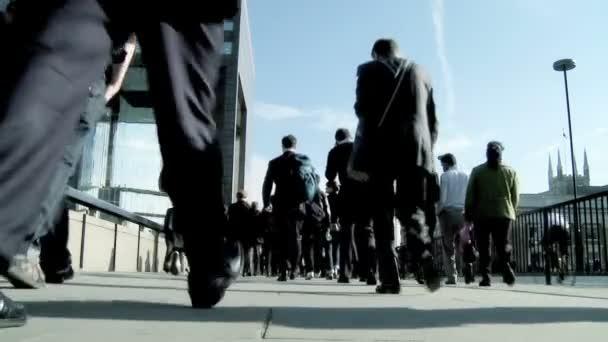 City business commuters in slow motion — Vidéo