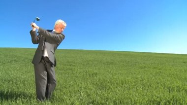 Concept shot of businessman in city clothes aiming at his future horizons — Stock Video