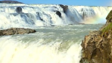 Powerful glacial waters of Gulfoss Waterfall, Iceland — Stock Video