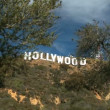Hollywood Sign on L.A. Hillside - 图库照片
