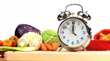 Time to Eat Fresh Vegetables — Stok video