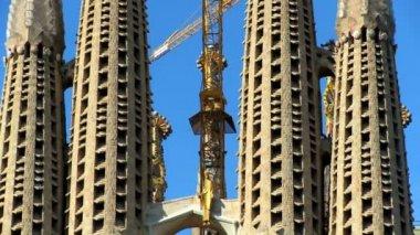 Towering Spires of Sagrada Familia Church — Stock Video