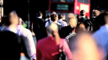 Crowds of Commuters & Traffic — Stock Video