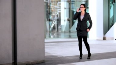 Business Female With Cell Phone — Vídeo Stock