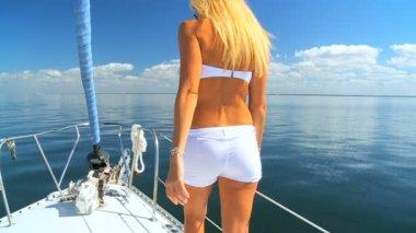 Beautiful Girl Yachting Leisure — Stock Video