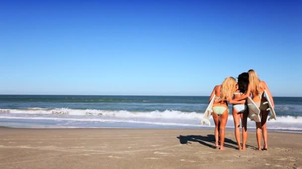 Видео пляж девушки фото 75-402