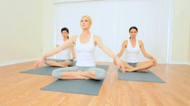 Yoga Group of Multi-Ethnic Females — Stock Video