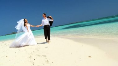 Couple on Paradise Island Beach After Dream Wedding — Stock Video