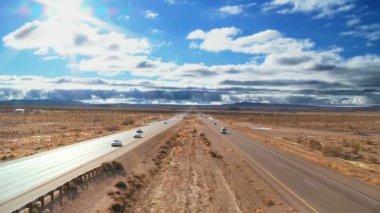 Traffic on a Desert Highway — Stock Video