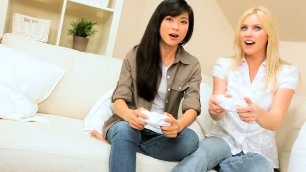 Multi-Ethnic Girlfriends Using Games Console — Vidéo