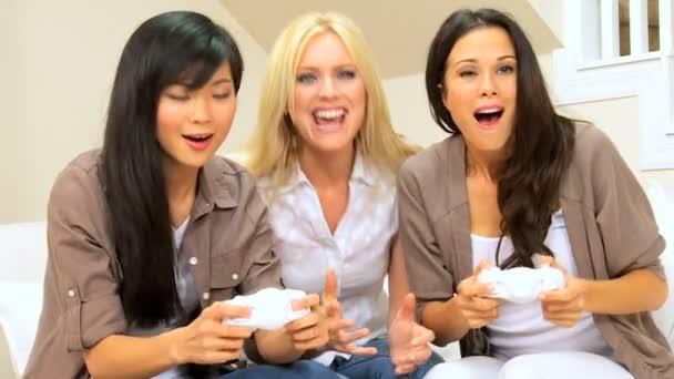 Three Multi-Ethnic Females Playing Electronic Games — Vidéo