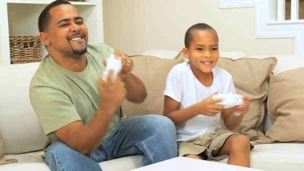 Ethnic Father & Son Playing Games — Vidéo