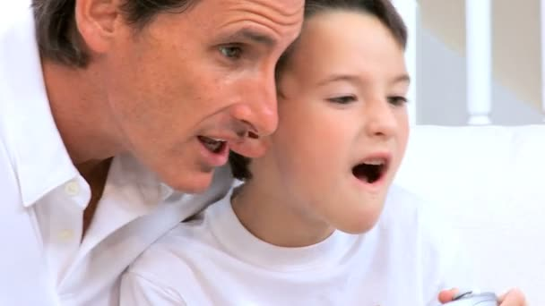 Father & Son with Games Console — Vidéo