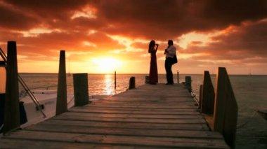 Elegant Couple Sunset Paradise — Stock Video